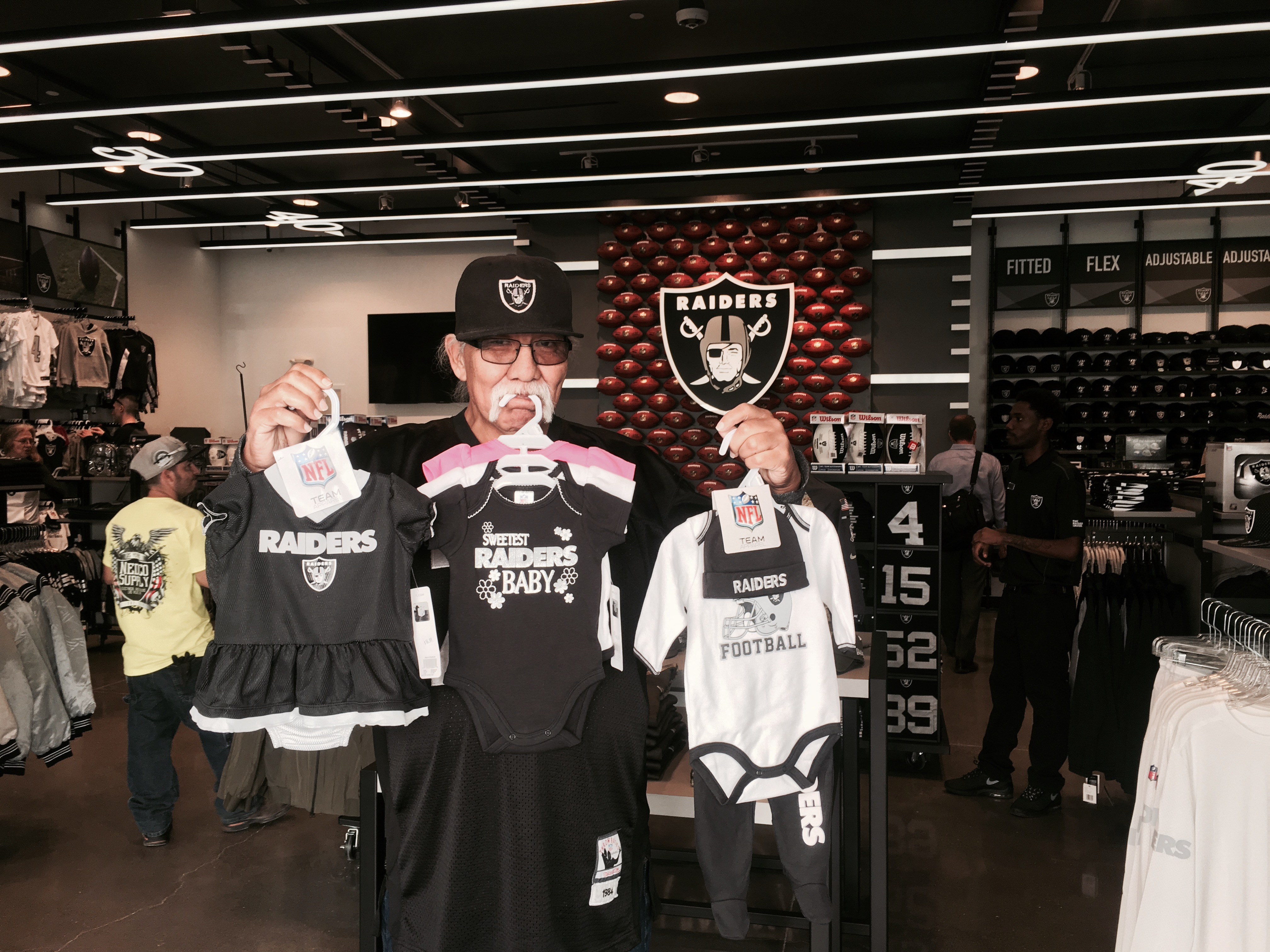 low priced 74ef1 5f2b8 Raiders Open New Team Store In Las Vegas and Surprise Guest ...