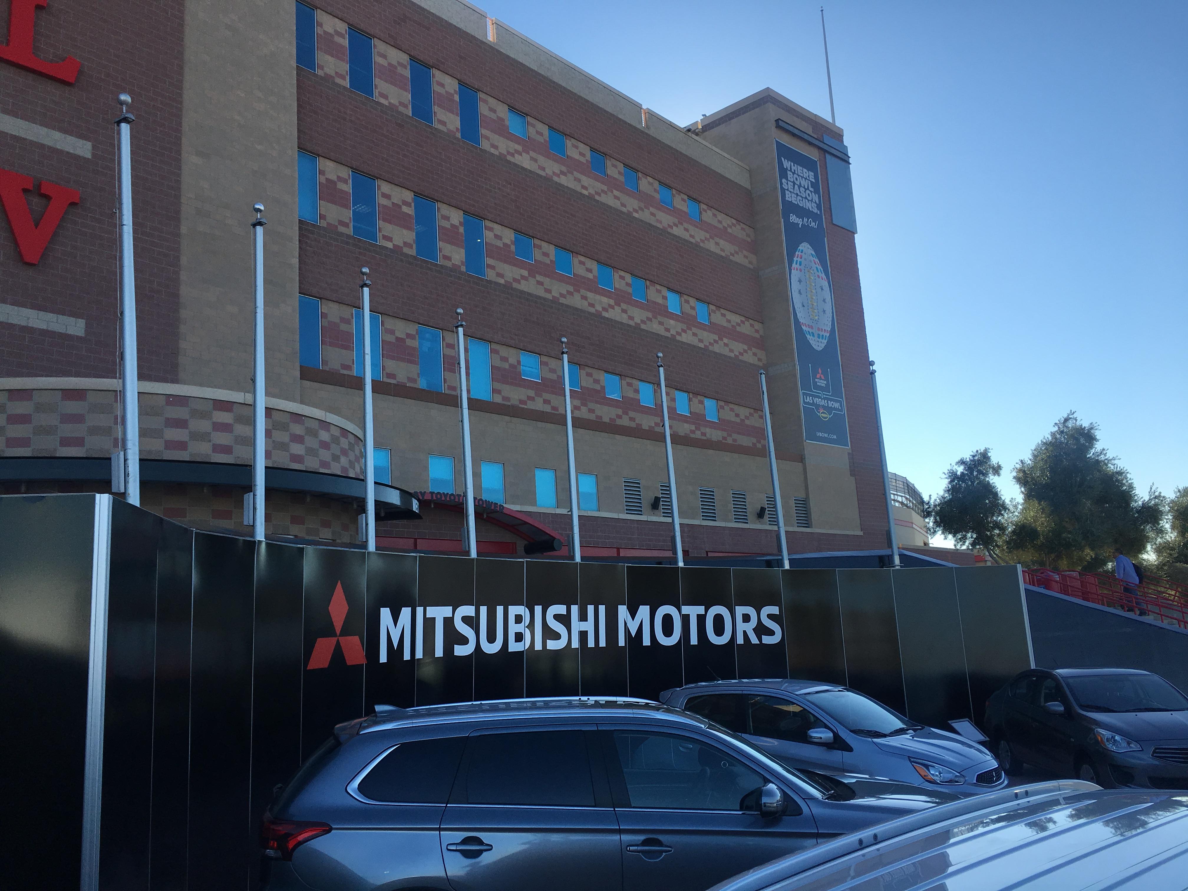 mitsubishi has 19 cars at las vegas bowl to activate title