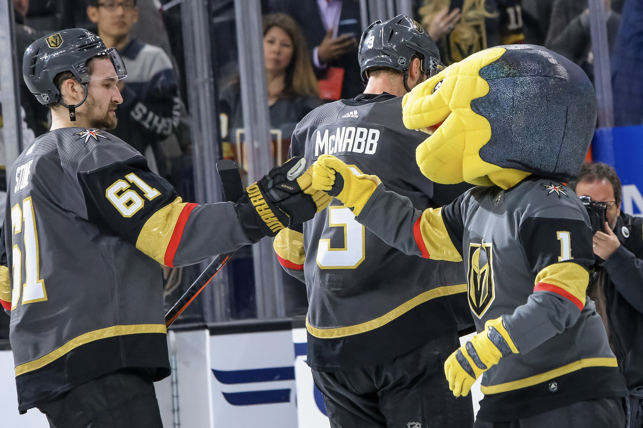 Golden Knights Enter Stone Age with Physical 4-1 Win Over
